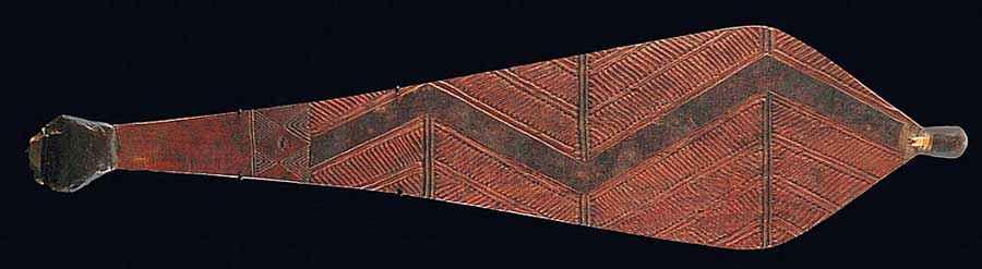Woomera australiano di 63 cm con decorazione geometrica e punta di selce