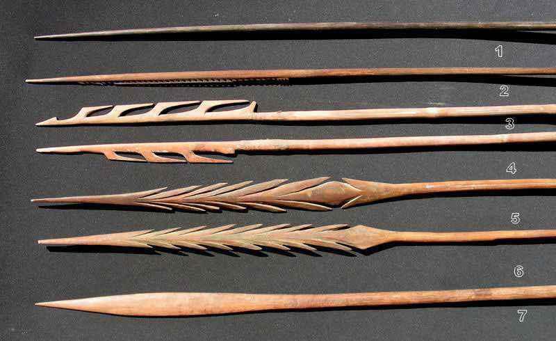 Alcuni esempi di lance create dagli aborigeni australiani