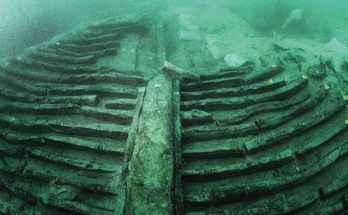 Nave romana con vasca per pesci