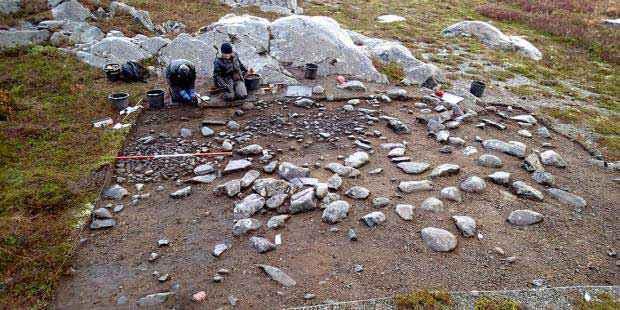 """Sito archeologico e """"cerchio da tenda"""""""