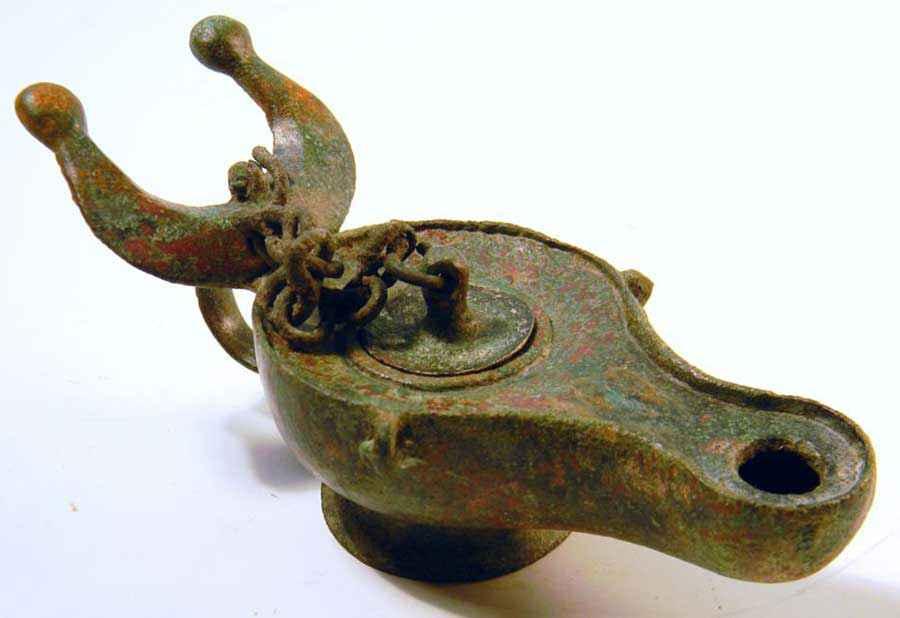Lampada ad olio romana in bronzo del I-II secolo d.C.