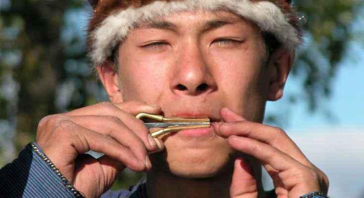 Scacciapensieri in osso del Monti Altai