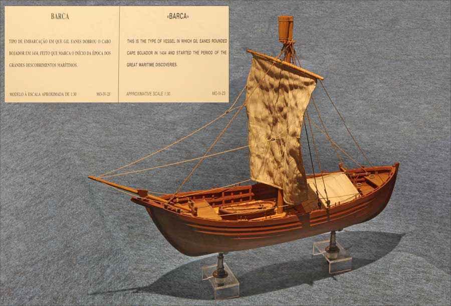 Riproduzione in scala della barca con cui Gil Eanes superò Capo Bojador (Museo della Marina di Lisbona)