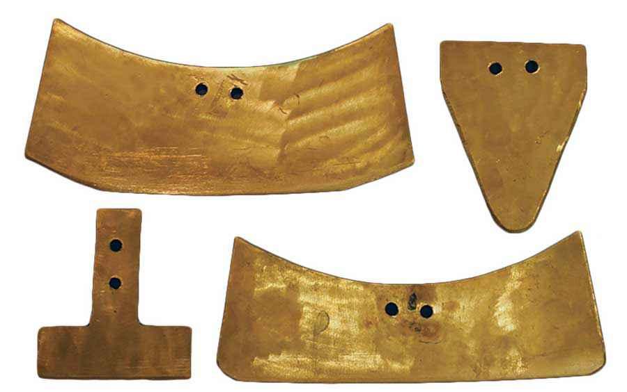 Le quattro lame di bronzo testate con la sega a pendolo di Blackwell