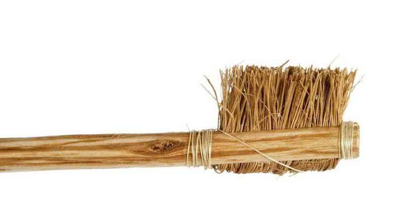 Riproduzione di un antico spazzolino da denti egizio