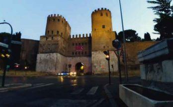 L'Appia Antica è considerata da molti la prima autostrada della storia e collegava Roma a Brindisi