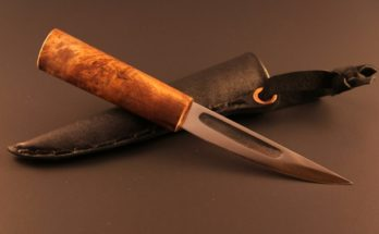 coltello Yakut