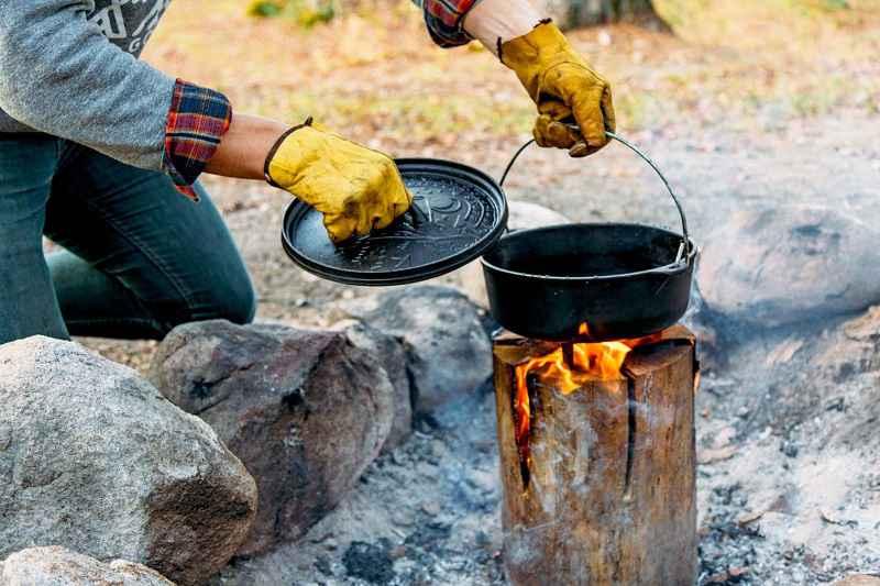 Fuoco da campo: torcia svedese