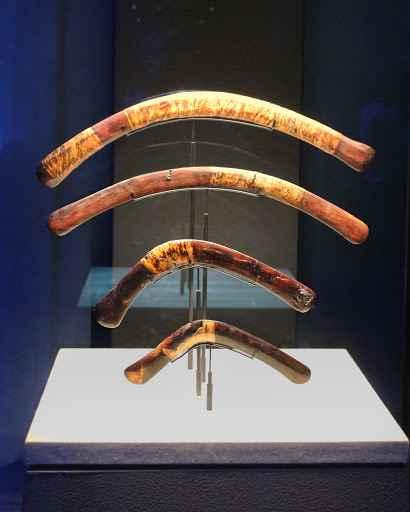 Quattro esemplari di boomerang dalla collezione scoperta nel corredo funebre di Tutankhamon